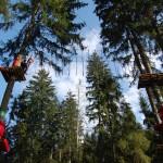 park linowy w górach w Istebnej