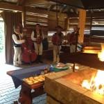 Orkiestra góralska i gril podczas zabawy integracyjnej
