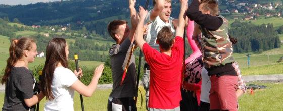 Wyjazdy integracyjne w góry – jak zorganizować? O jakie atrakcje zadbać?